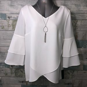 NWT ALYX 3/4 Sleeve Blouse Top with Necklace